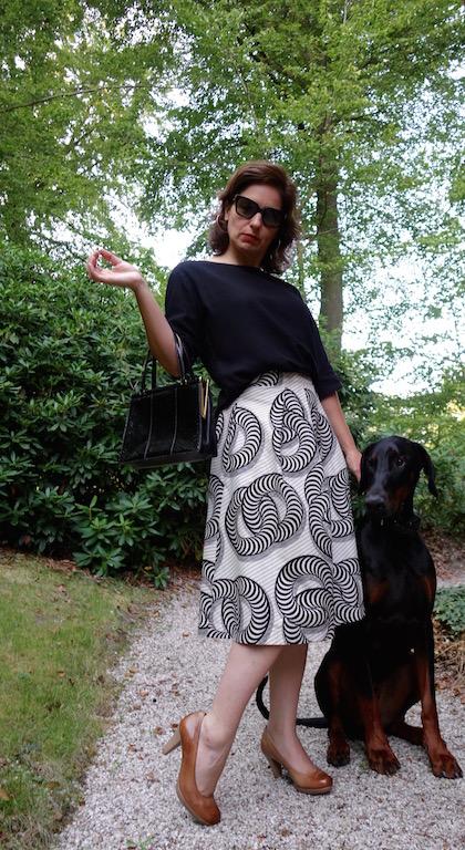 Dobermann-Lola Montez-Rock-FashionStyle-Waxprint
