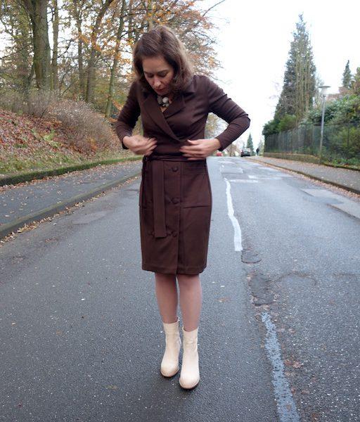 Pilvi Dress von Named Clothing - sitzt.