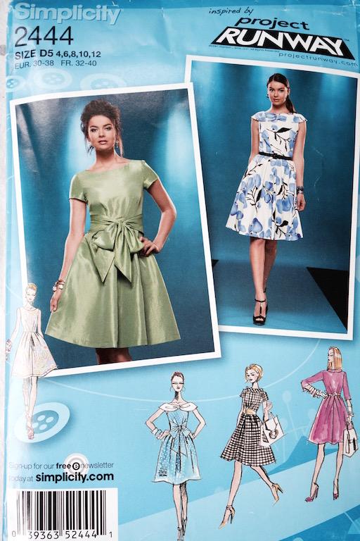 Kleid Simplicity 2444 Schnittmusterumschlag